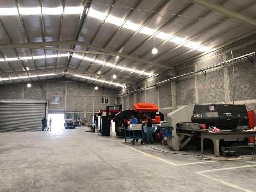 Renta De Bodega En Industrial La Silla, Guadalupe