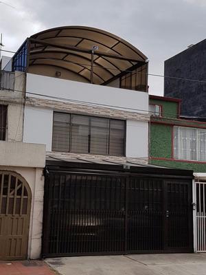 Colina Casa Para Estrenar Al Norte Acabados De Lujo Ganga!