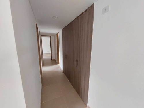 Imagen 1 de 14 de Venta De Apartamento En Envigado - Barrio El Portal