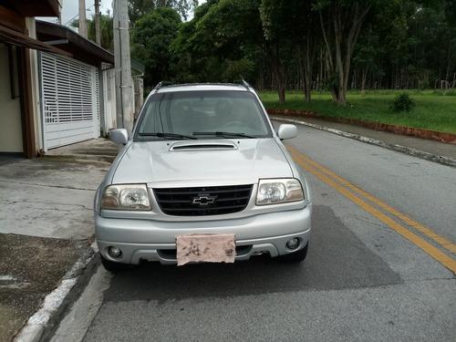 Imagem 1 de 4 de Chevrolet Tracker 2001 2.0 5p