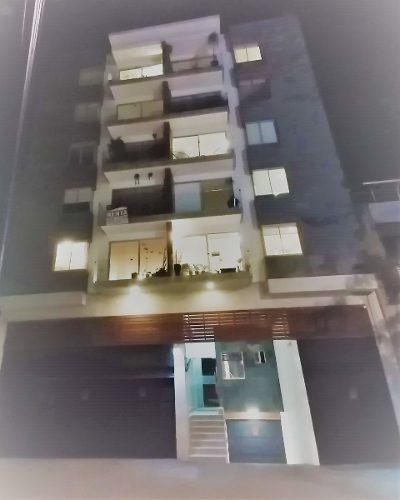 Ubicadísimo Depa Con Balcón En La Roma