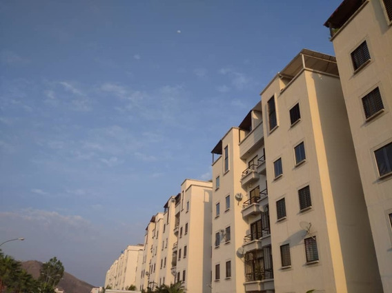 Sky Group Vende Apartamento En Valencia Urb Bella Florida