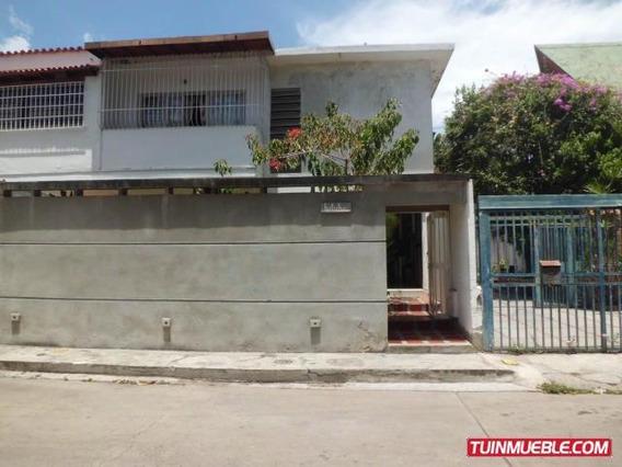 Casas En Venta 18-4430 Josefina Caro 04241566687