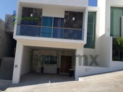 Renta Casas 3 Recamaras Amueblada Lomas Jardines Tuxpan Veracruz, Desarrollo Inmobiliario Con Casas De 3 Recamaras En 2 Pisos Ubicada En Una Nueva Sección De La Zona Residencial Mas Importante Del Pu