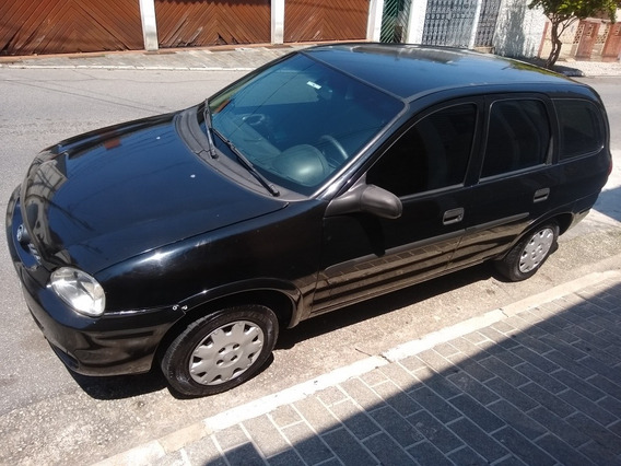 Chevrolet Corsa Wagon 1.0 16v Super 5p 2001