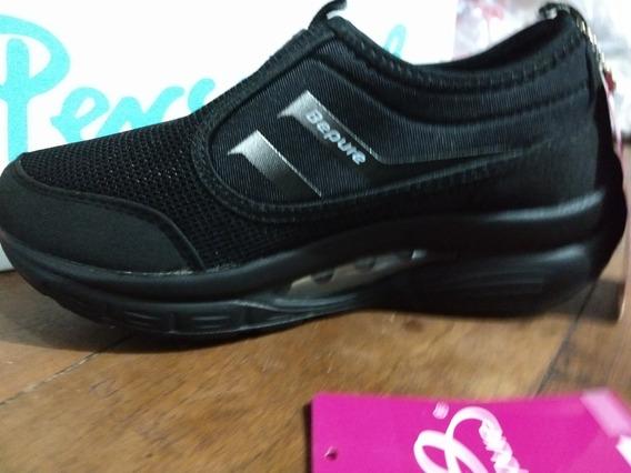 Zapatillas Con Plataforma Solo En 36, Color Negro (23cm.)