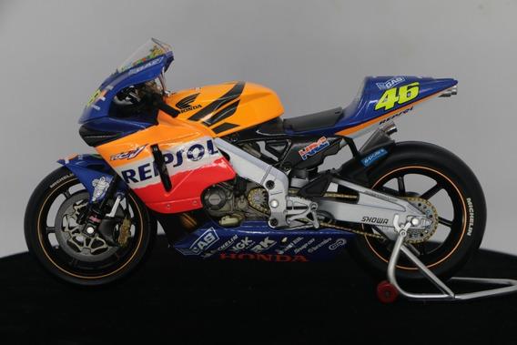 Miniatura Motogp Honda Rc211v Valentino Rossi 1/12 Gp 2002