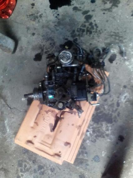 Mazda B2200 Bomba De Gasoil