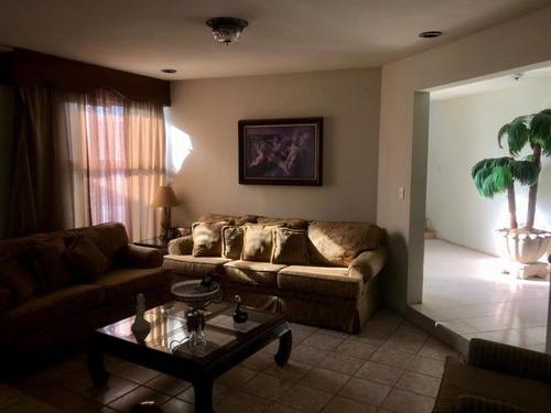 Casa En Venta En Nueva Los Angeles