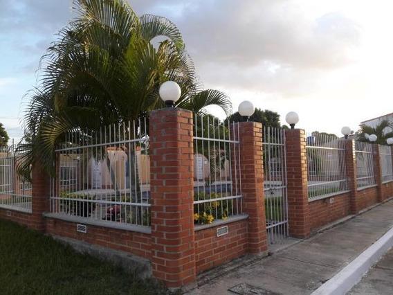 Townhouse En Venta Saba Del Medio Pt 19-14188