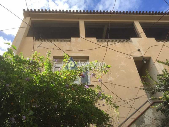 Casa De Rua À Venda, 5 Quartos, 2 Vagas, Santa Rosa - Niterói/rj - 7513