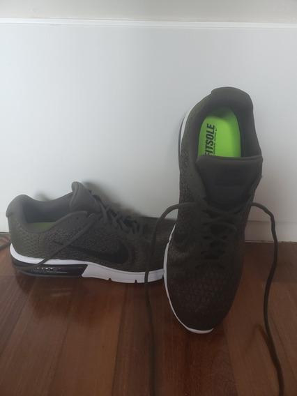 Tênis Nike Fitsole