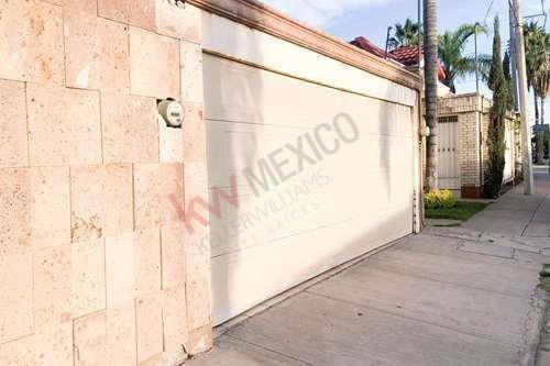 Casa De Un Piso En Venta, San Isidro, Torreón, Coahuila