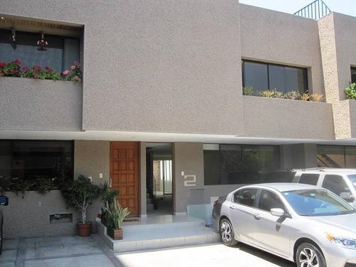 Del Valle.- Rento Linda Casa En Condominio Con Jardín Comun