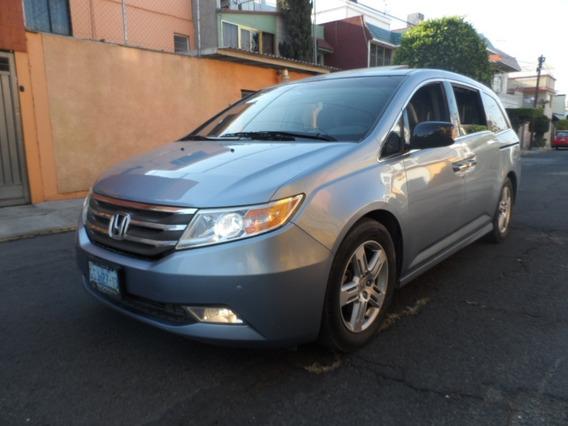 Odyssey 2011 3.5 Touring Minivan Cd Qc Dvd At