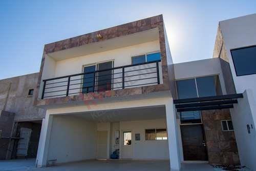¡nueva! Casa En Venta, Las Viñas Residencial, Sector Viñedos, Torreón, Coah.