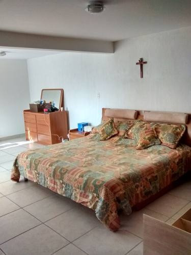 Casa De 4 Recámaras 3 Baños