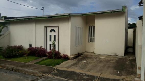 Se Vende Casa En Obra Limpia En Santa Paula, Ciudad Bolivar