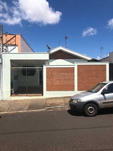 Venda De Casas / Padrão  Na Cidade De Araraquara 9999