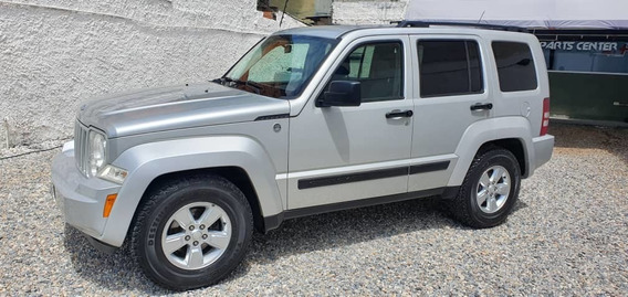 Jeep Cherokee Cherokee Sport 4x4