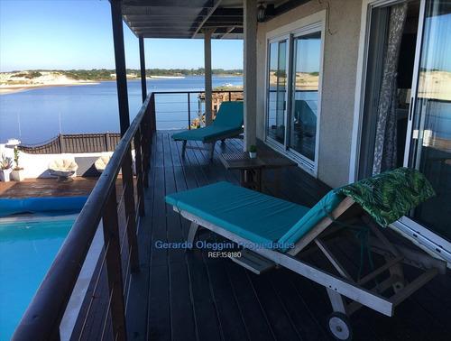Imagen 1 de 22 de Venta Casa Frente A La Playa 3 Dormitorios 3 Baños Piscina