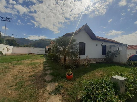 Casa En Venta La Cumaca 19-20117 Raga