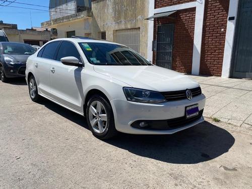 Imagen 1 de 9 de Volkswagen Vento Luxury 2.5