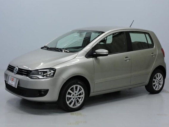 Volkswagen Fox 1.6 Mi 8v Total Flex 4p 2014