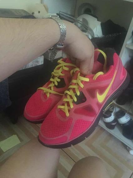 Sapato Lindo Da Nike Feminino N:36 E 37