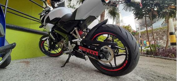 Vendo Moto Pulsar Ns 200 Pro En Excelente Estado!!!!!!