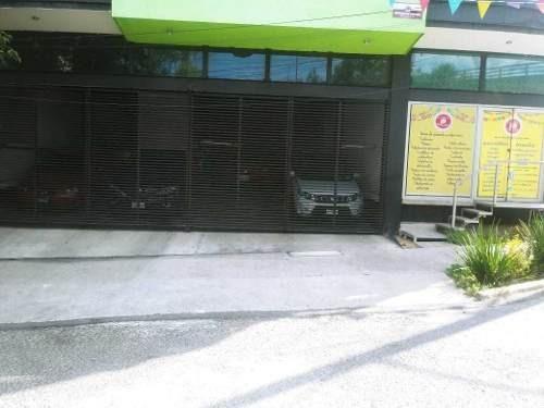 Local Comercial Muy Bien Ubicado A Una Calle Del Acceso De Suburbano