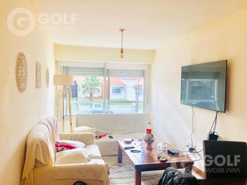 Vendo Apartamento De 2 Dormitorios Con Renta, Garaje Y Patio, Seguridad Virtual, Malvín
