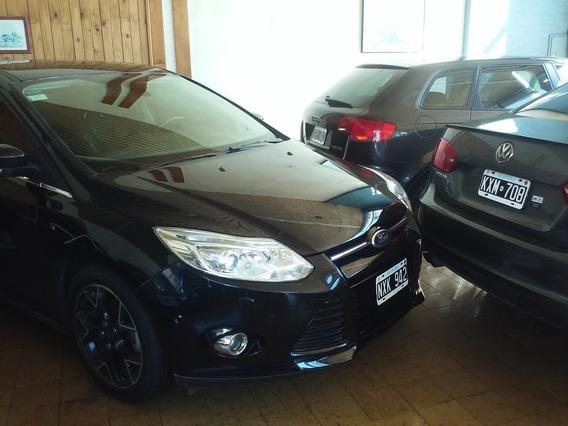 Ford Focus Titanium , Autom, Cuero