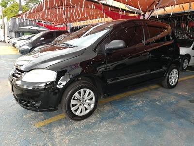 Volkswagen Fox 1.0 8v (flex) 2007 Preto