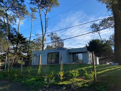 Casa En Venta En San Rafael-excelente Estado- 3 Dormitorios- Ref: 1181