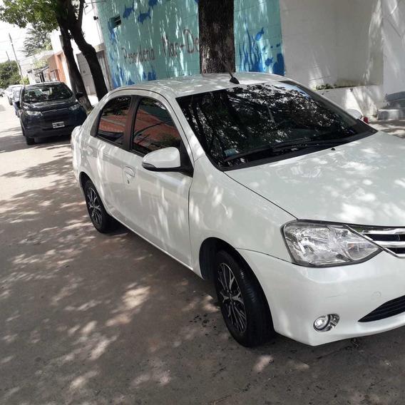 Toyota Etios 1.5 Platinum 4 P Automática 2017