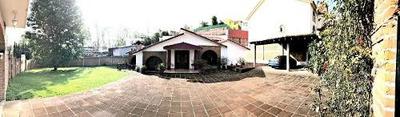 (crm-2040-299) Residencia En Bosque Del Lago.