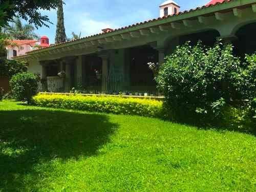 Casa Sola En Sumiya, Jiutepec, Morelos Ber-38-cs