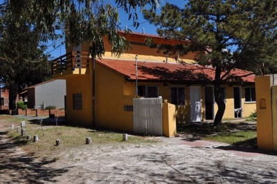 Vendo Frente Al Mar 3 Casas En Bloque+terreno Libre F/bosque