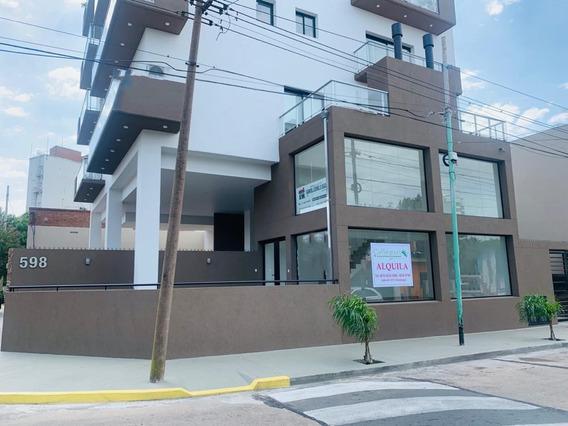 Locales A Estrenar // Centro De Berazategui// Edificio Grand
