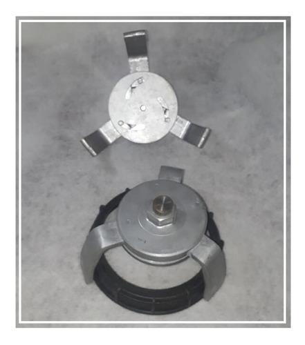 Llave Escotilla Eliminar Tuerca Plástica Bomba Gasolina
