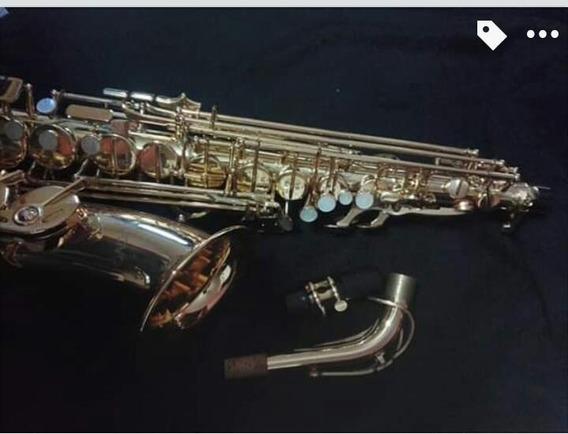 Saxofón Alto Nuova Dorado