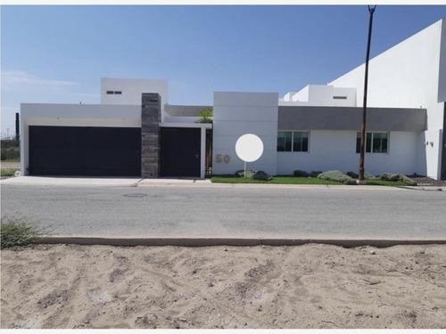 Casa Sola En Venta Hacienda El Rosario