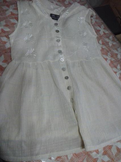 Camisola De María Vazquez Bordada Con Botones Y Capucha