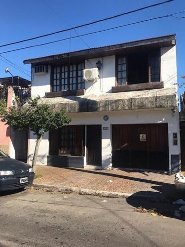 Imagen 1 de 14 de Ph Tipo Casa 3 Amb Con Terraza Y Cochera - A 7 C Del Tren