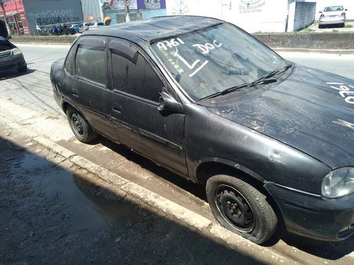 Imagem 1 de 5 de Gm Corsa Sedan 2000 Sucata Somente Peças