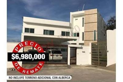 Exclusiva Residencia En Privada- Zona Campestre !precio De Remate!