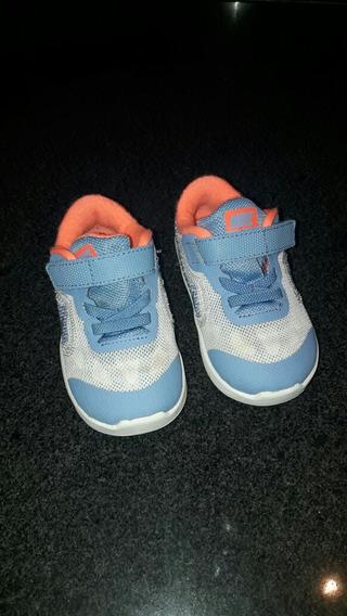 Zapatos Nike Talla 22 Originales 12 Cm