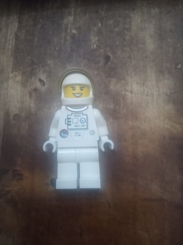 Minifigura Lego Mujer Astronauta (cu13)