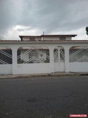 Casa 7 Habitaciones En Andres Bello Las Delicias En Venta